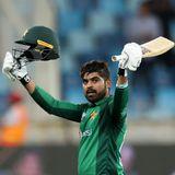 PAK vs SA: आलोचना के बाद निखरे पाकिस्तानी बल्लेबाज़, अफ्रीका के सामने बनाए 308
