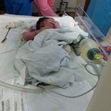 एम्स में लगी आग के दौरान डॉक्टरों ने ऑपरेशन कर बच्ची को जन्म दिया