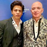 "When Shah Rukh Khan does a ""Don"" moment with  Amazon CEO Jeff Bezos"