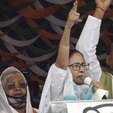 दो सीटों के चुनाव क्यों लड़ना चाहती हैं ममता बनर्जी