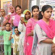 #Bulletin: हरियाणा और महाराष्ट्र विधानसभा चुनाव एग्जिट पोल पर नज़र