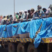 सुप्रीम कोर्ट ने ख़ुद को दिखाया मजबूर, देश भर में मर रहे हैं मज़दूर