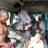सोनभद्र हत्याकांड : 'मेरी बीवी और भाई को मार दी गोली'