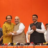महाराष्ट्र चुनाव: नाराज़गी के बावजूद बीजेपी-शिवसेना गठबंधन क्यों है मज़बूत