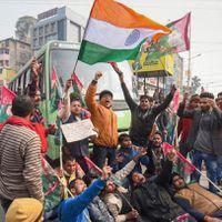 भारत बंद- CAA,NRC  के ख़िलाफ़ प्रदर्शन, सैंकड़ों हिरासत में समेत अभी तक की 5 बड़ी ख़बरें