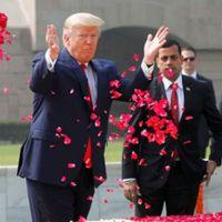 Namaste Trump | trump rajghat | जब जागो तभी सवेरा, गांधी जी पे आखिर लिख ही दिया नोट