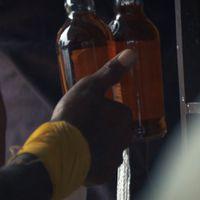 ஊரடங்கில் டாஸ்மாக் திறப்பு: ஜோராக நடைபெறும் சட்டத்துக்குப் புறம்பான விற்பனை