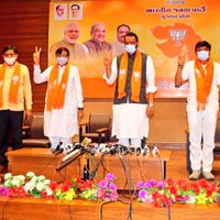 Five Gujarat Congress MLAs, who had resigned during RS polls, join BJP