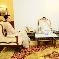 Kangana Ranaut meets Maha Guv, talks about 'injustice' done to her