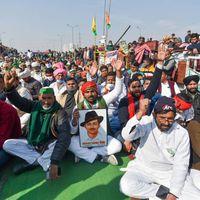 नरेंद्र मोदी सरकार ने किसानों के धरनास्थल पर इंटरनेट ठप किया, गाजीपुर जाने वाले रास्ते बंद