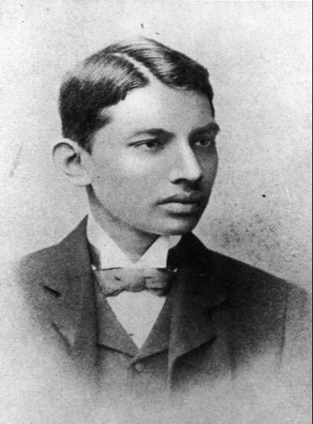 Indian thinker, statesman and nationalist leader Mahatma Gandhi (Mohandas Karamchand Gandhi, 1869 - 1948), as a law student. (Photo by Henry Guttmann Collection/Hulton Archive/Getty Images)