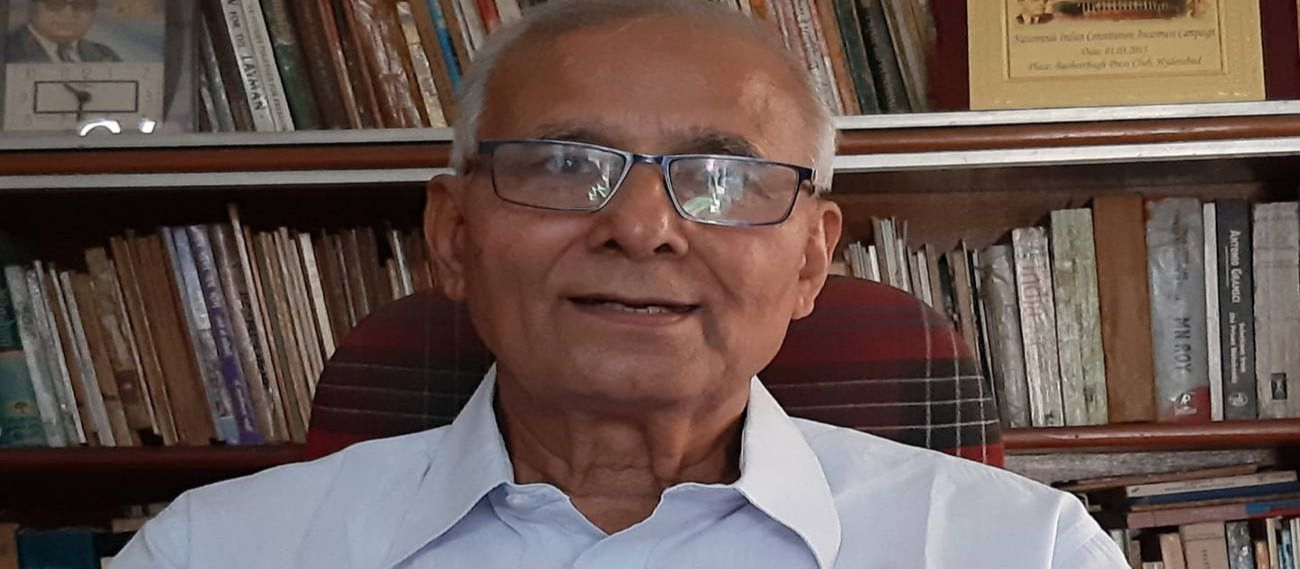 पूर्व आईपीएस अधिकारी एसआर दारापुरी.