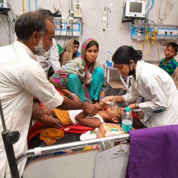 तस्वीरों की ज़ुबां: बिहार में व्यवस्था पर चीख़ती तस्वीरें